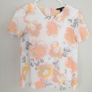 Floral Spring Scalloped Sleeve Tee